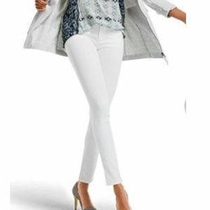 "Cabi 219 White Skinny Jeans Size 2 x 30.5"" Inseam"